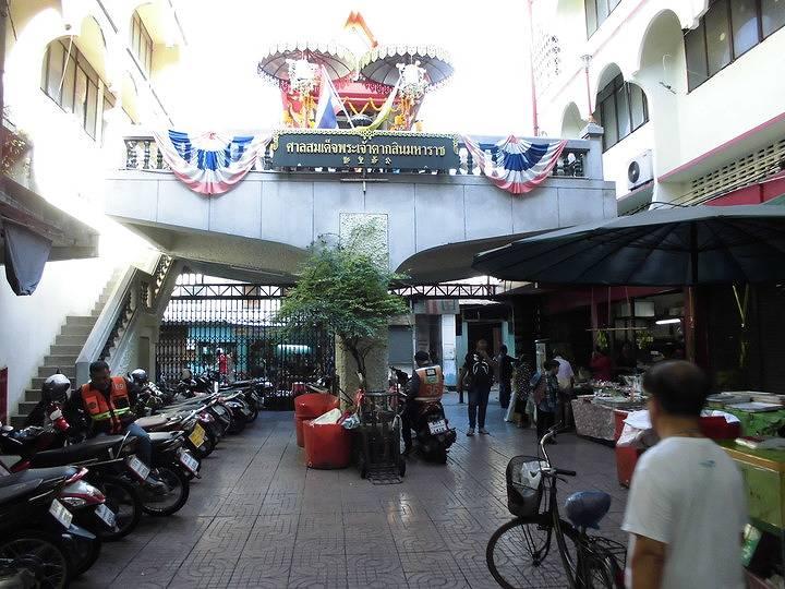 バンコクの現地ツアー